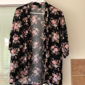 Forever 21 Floral Crop Kimono Black and pink Small